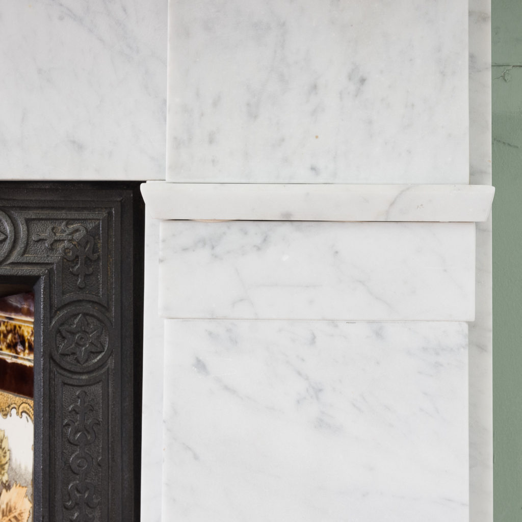 Late Victorian Carrara marble chimneypiece and cast iron insert,-124168