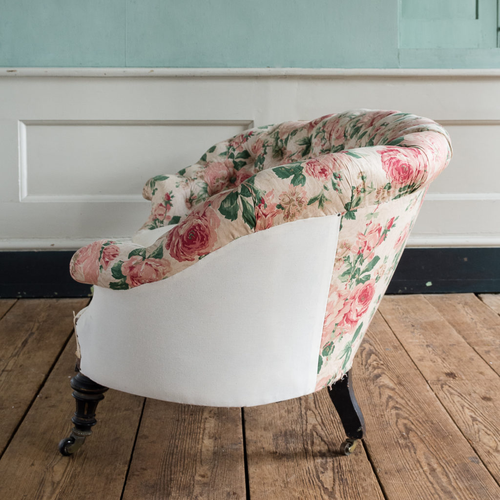 Small Victorian button-back kidney shaped sofa,-123901