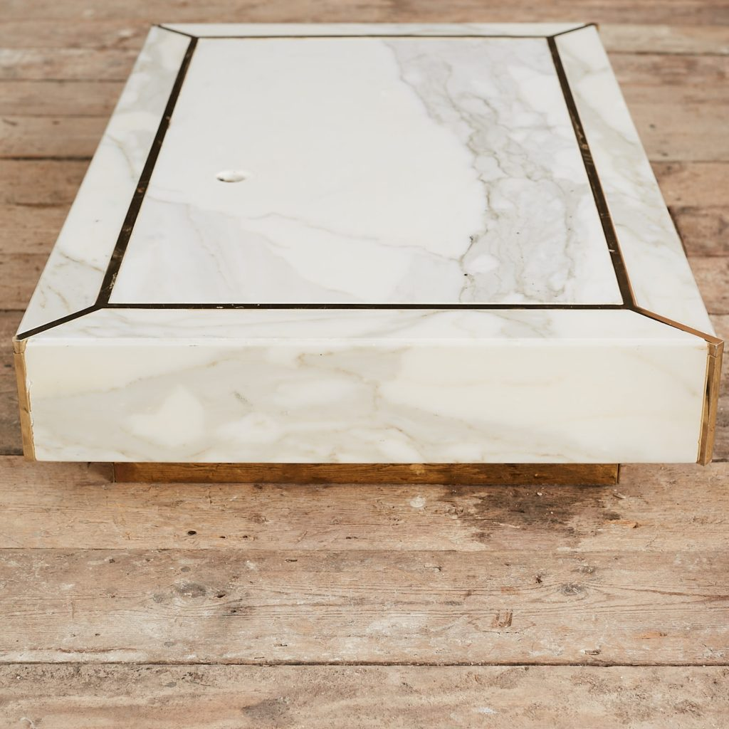 Marble mannequin plinth with brass inlay, -125023