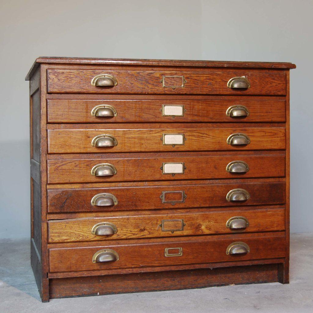 An English oak seven drawer plan chest,-0