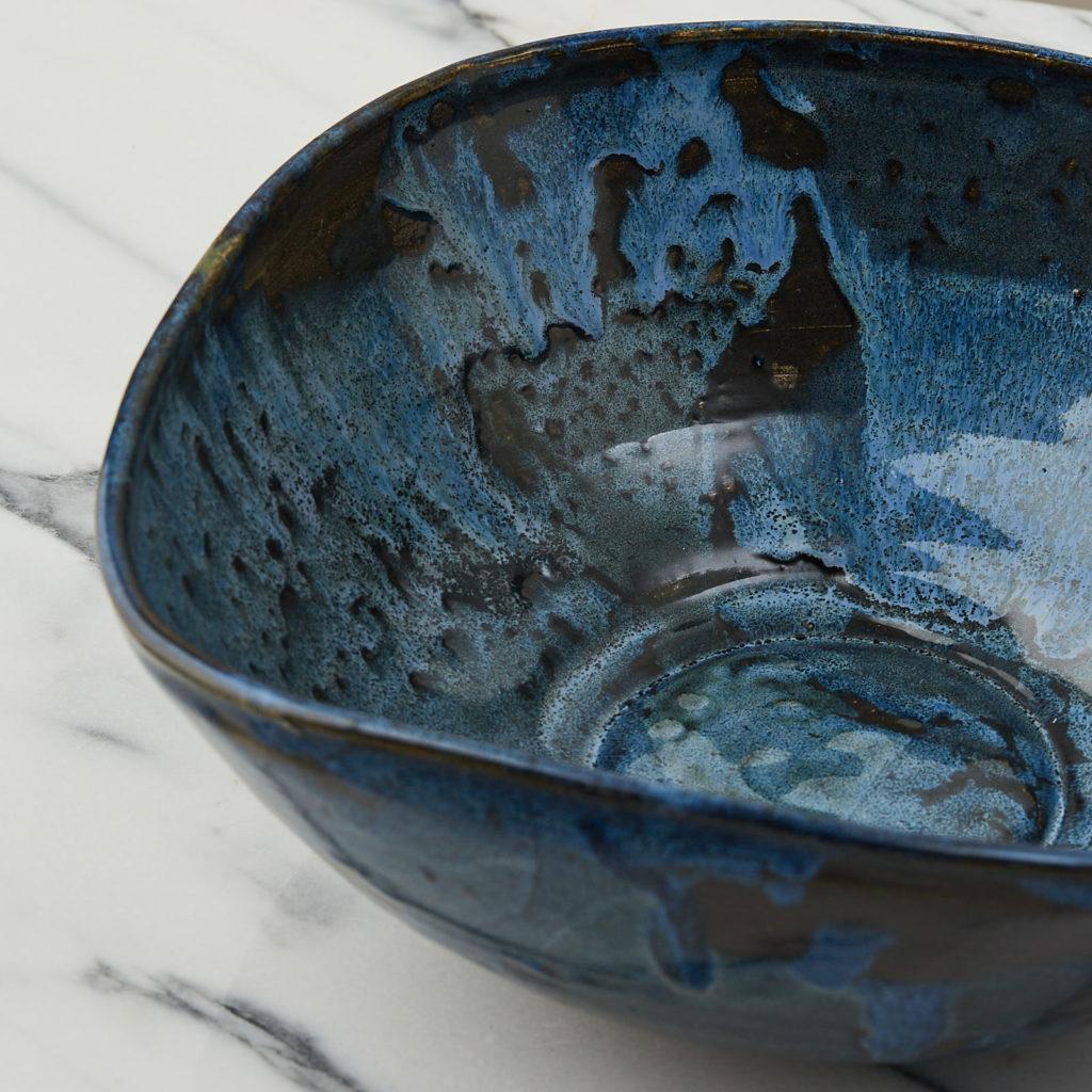 A nesting set of ceramic bowls,-127354