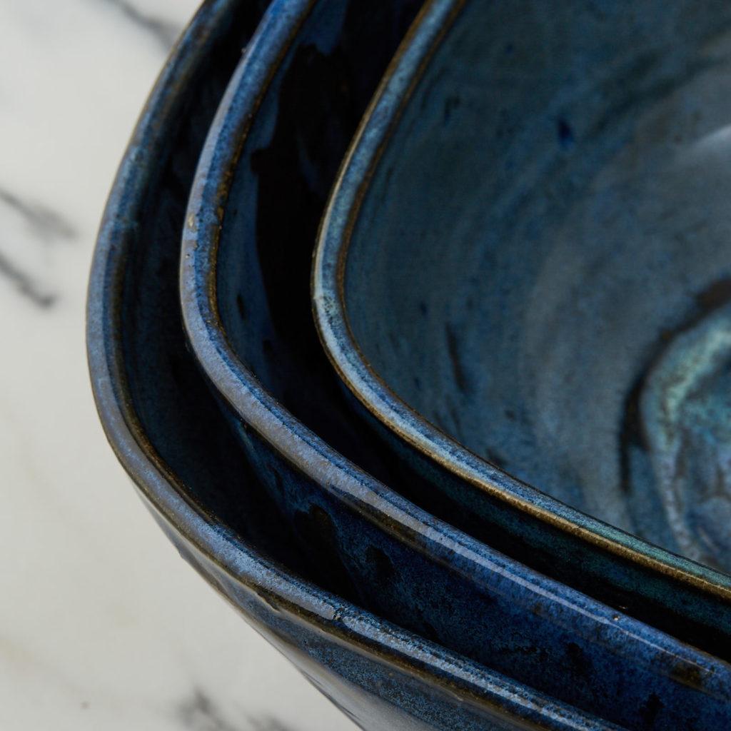 A nesting set of ceramic bowls,-127362