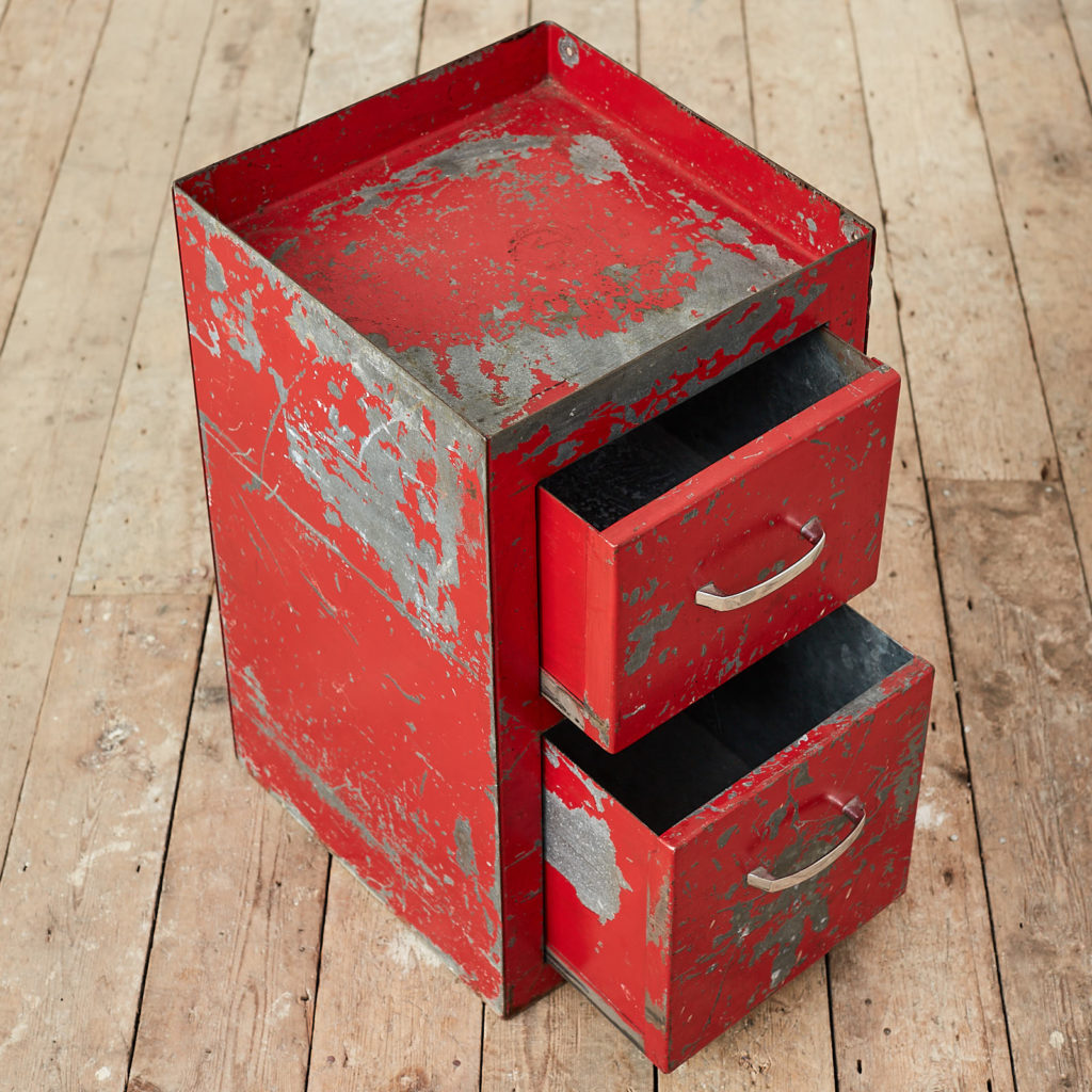 Industrial drawers,-126895