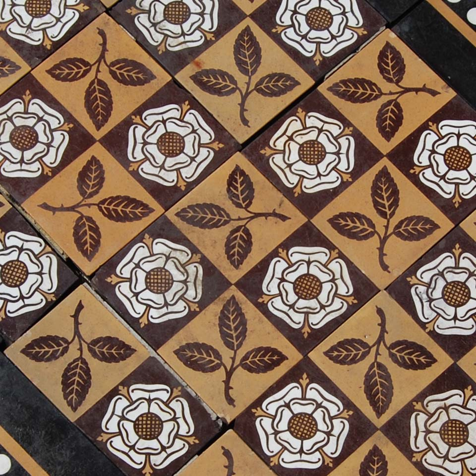A short run of English encaustic floor tiles-0