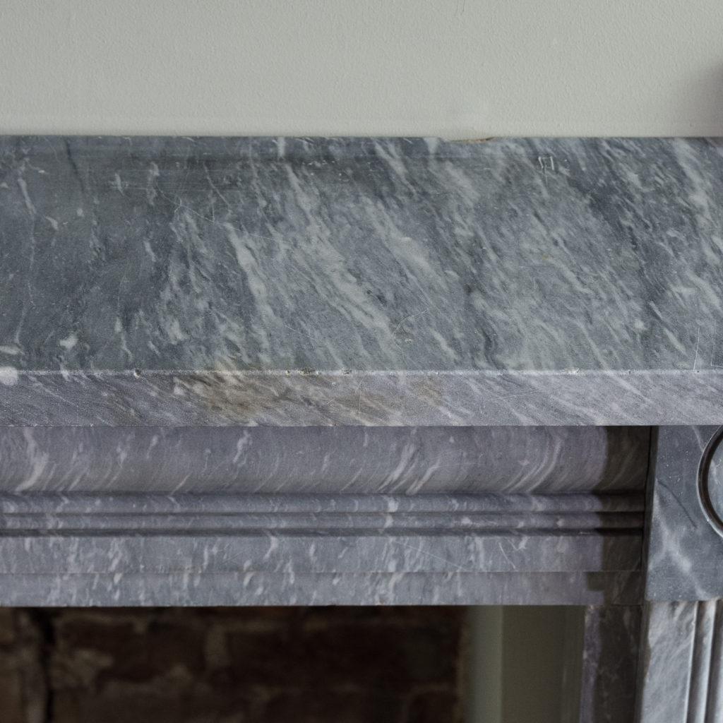 plain shelf above cushion moulded frieze