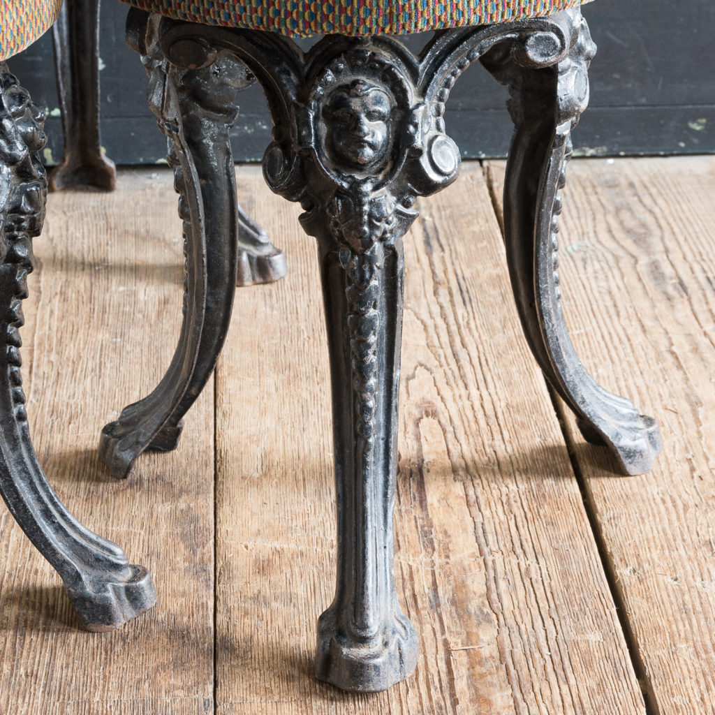 Cast iron pub stools,-128471