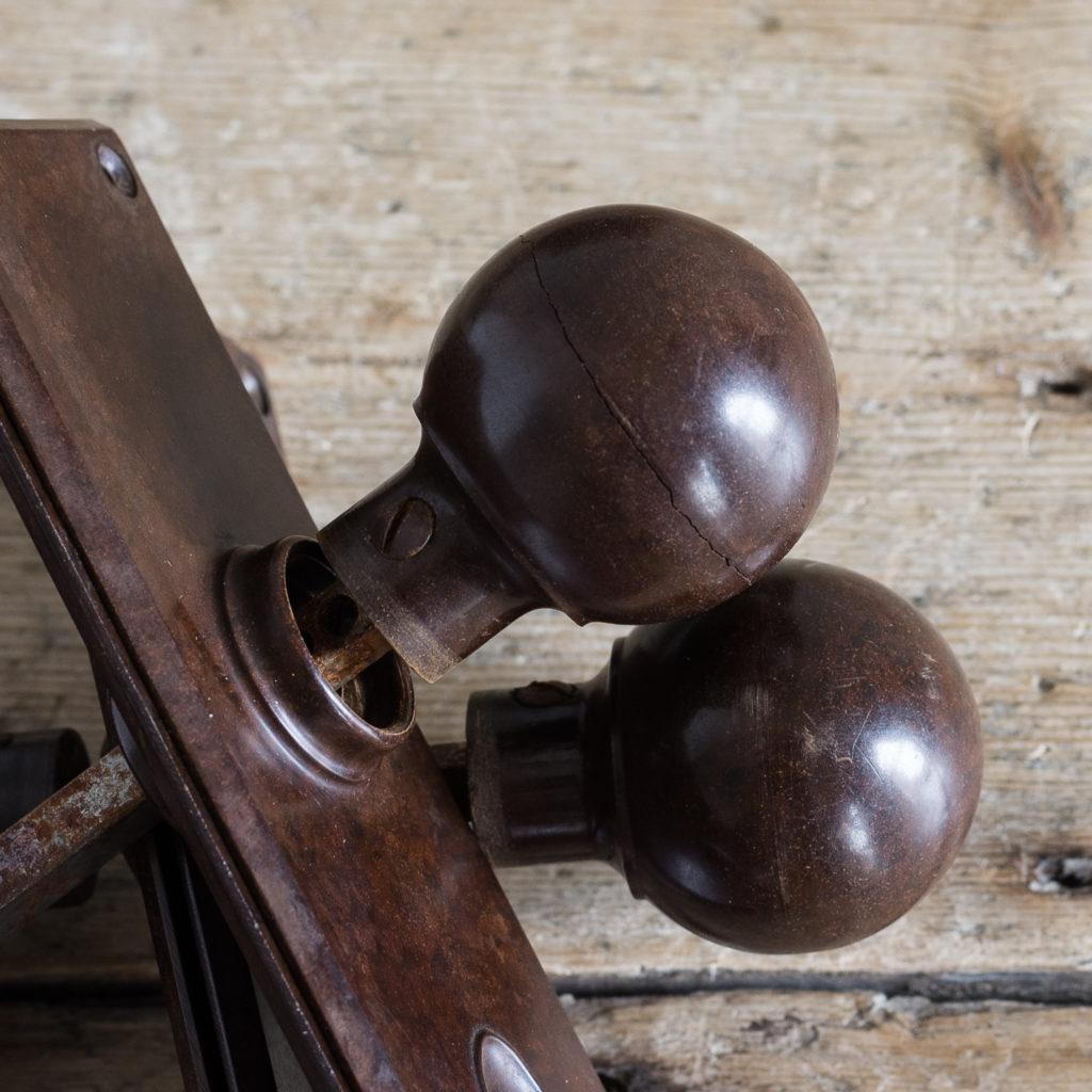 1930s bakelite door knobs,-128563