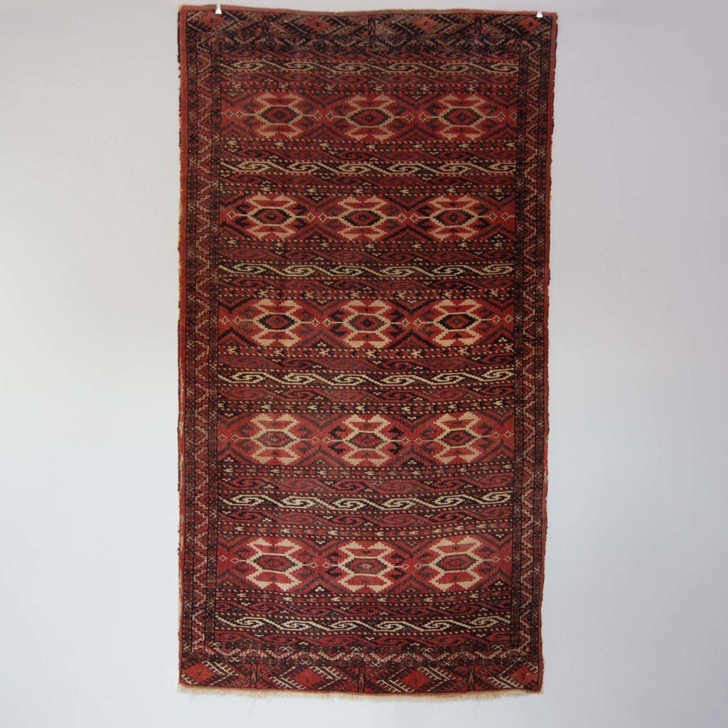 A Yomut Turkomen rug-0