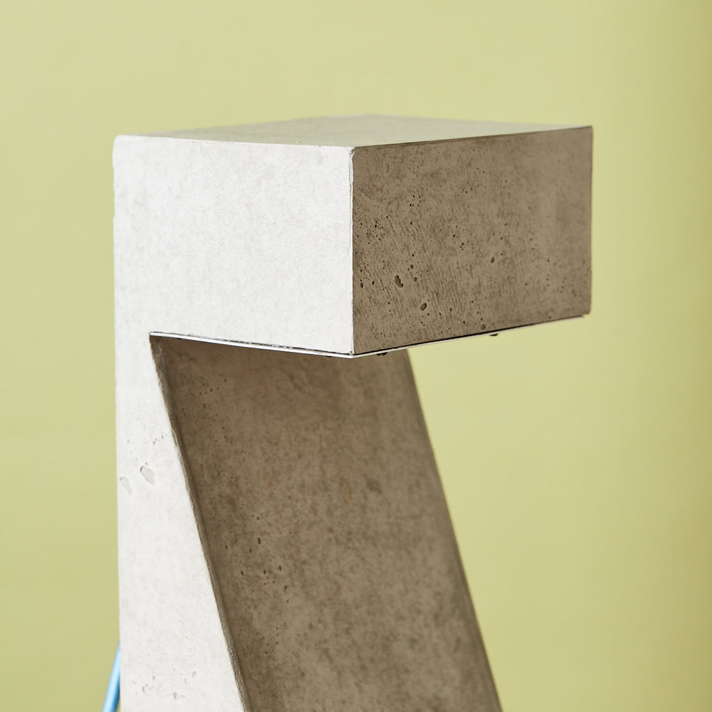 Brutalist style table lamp,-131314