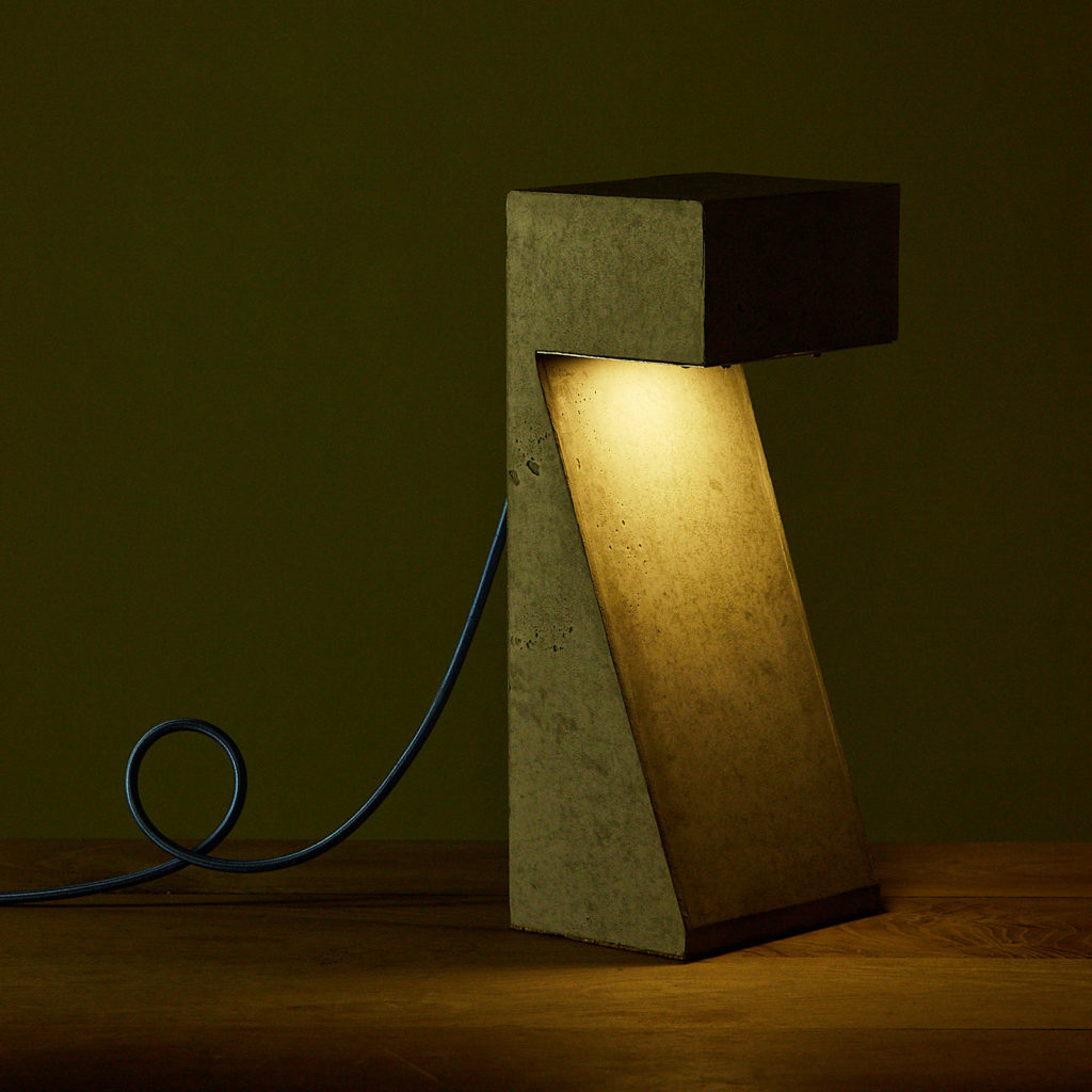 Brutalist style table lamp,-131323