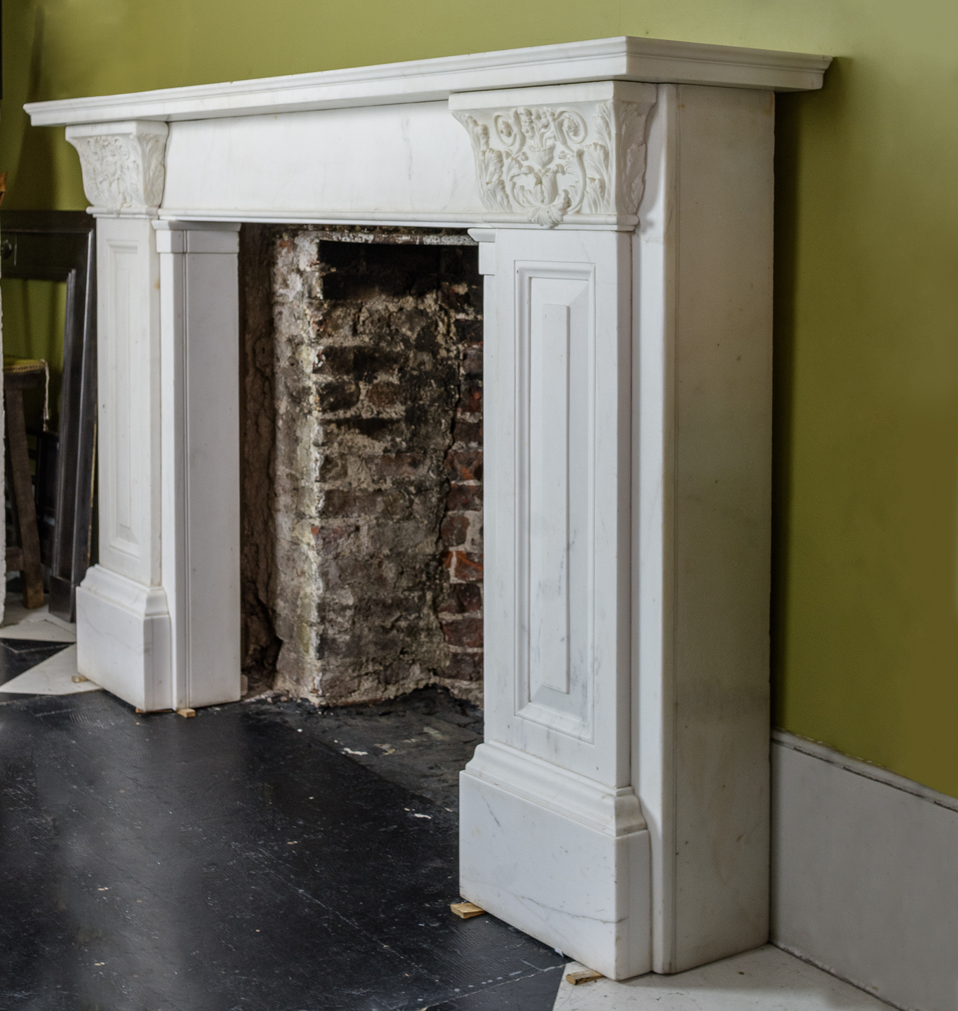 The Theatre Royal Covent Garden chimneypieces,-130749