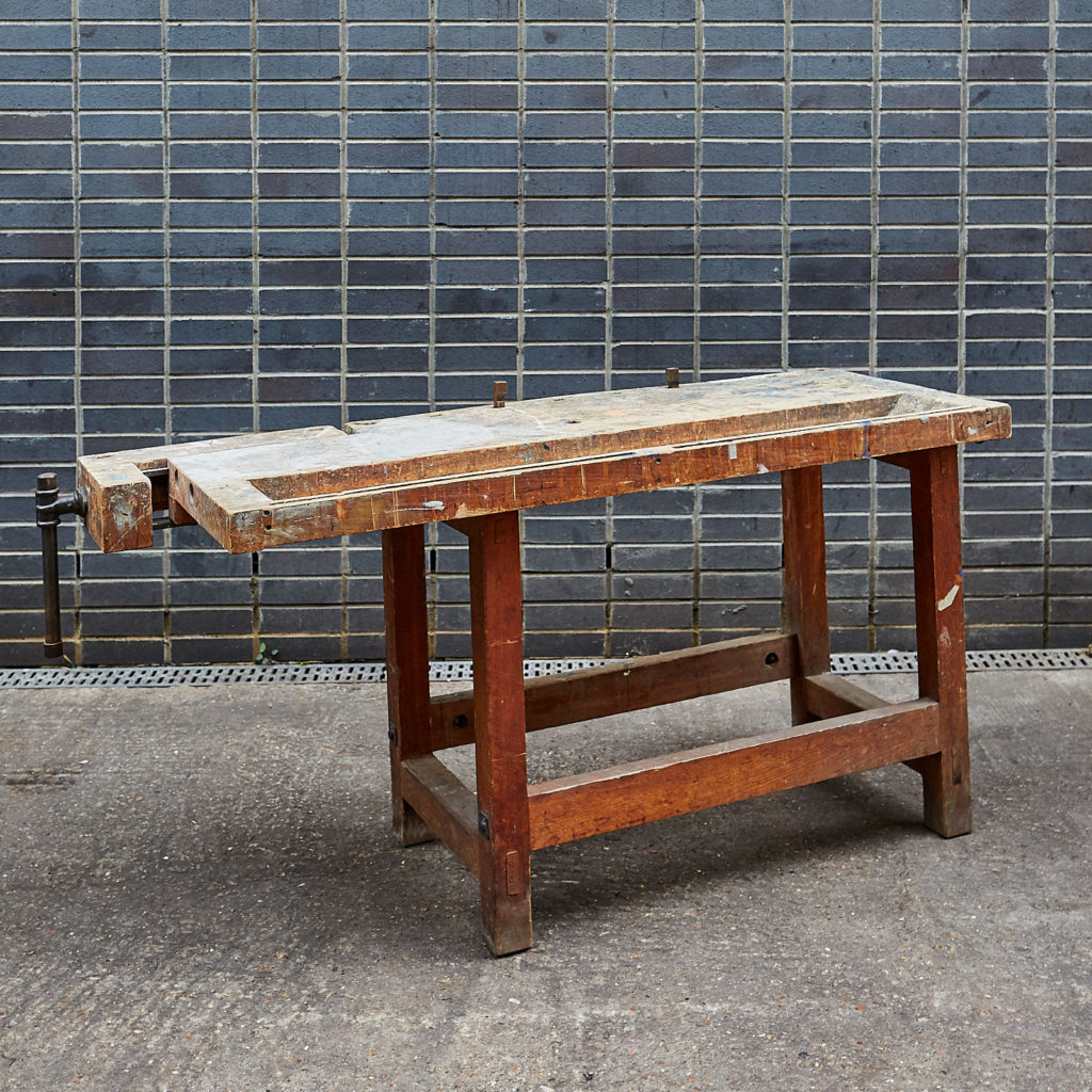 Joiner's workbench,-132031