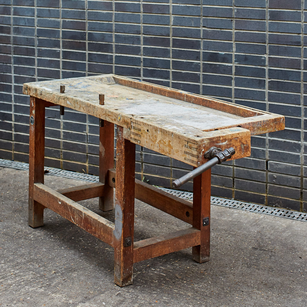 Joiner's workbench,-132047