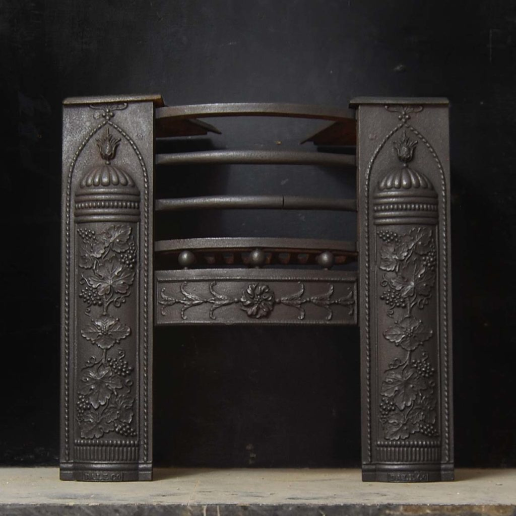 A Regency cast iron hob grate-0