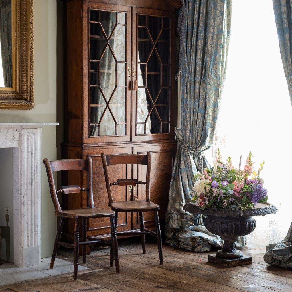 Pair of mid-nineteenth century Thames Valley Windsor chairs,-132029