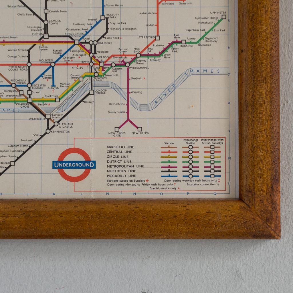 Underground 1963-132102