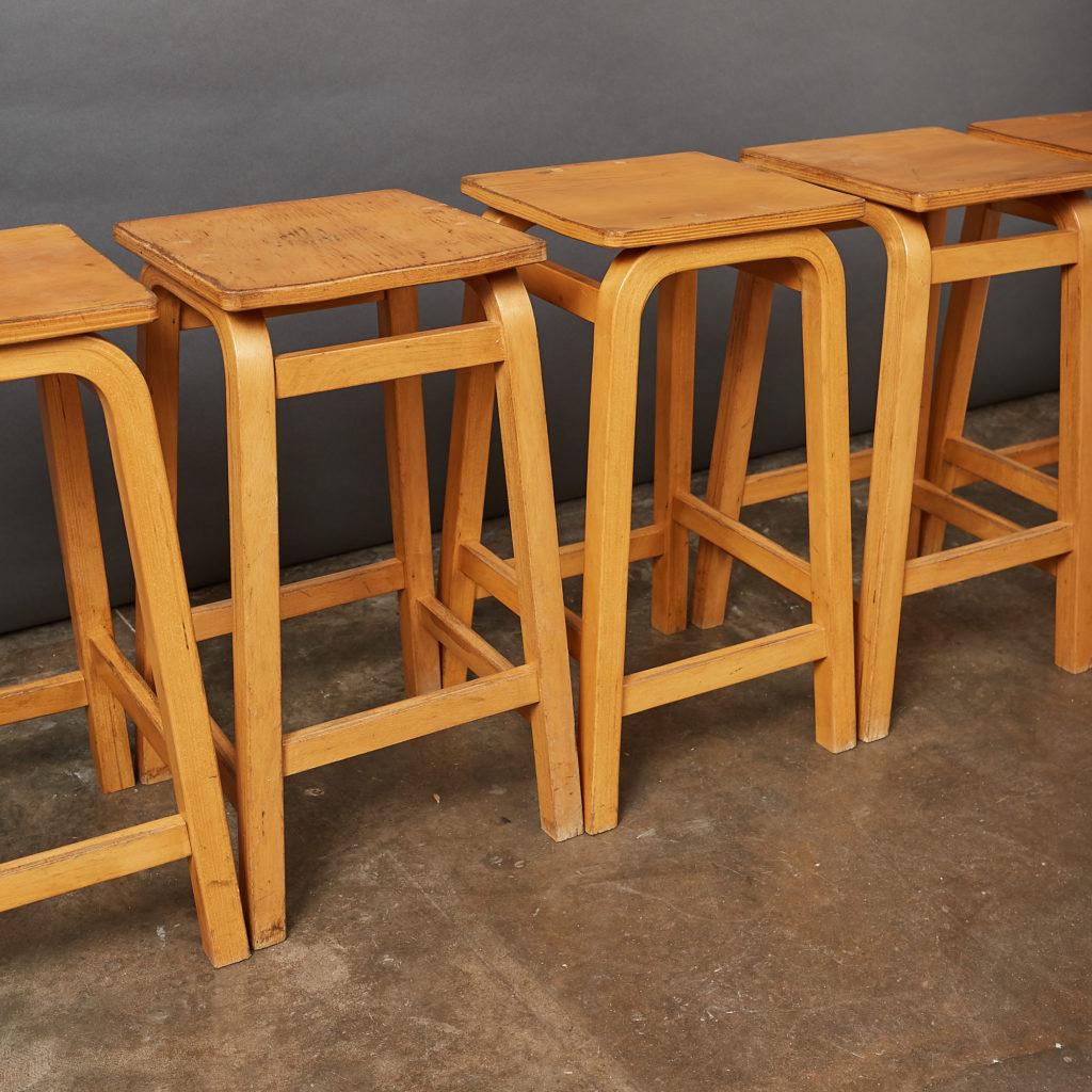 Laminated beech stool,-133014