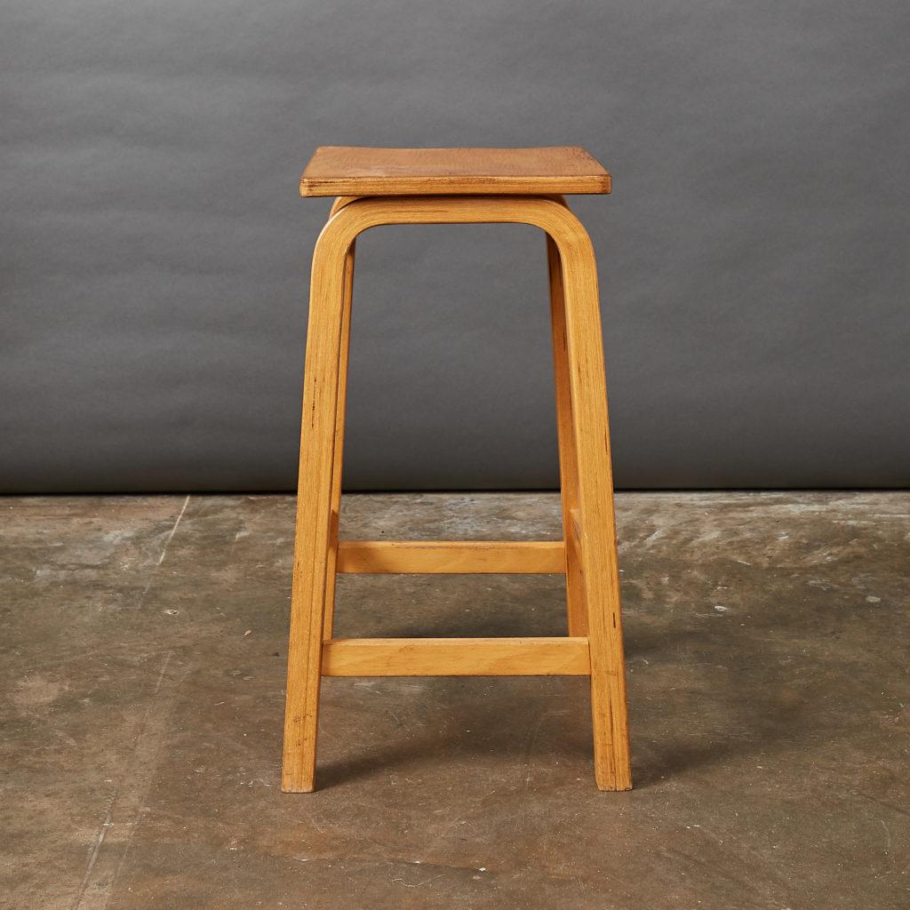 Laminated beech stool,-133017