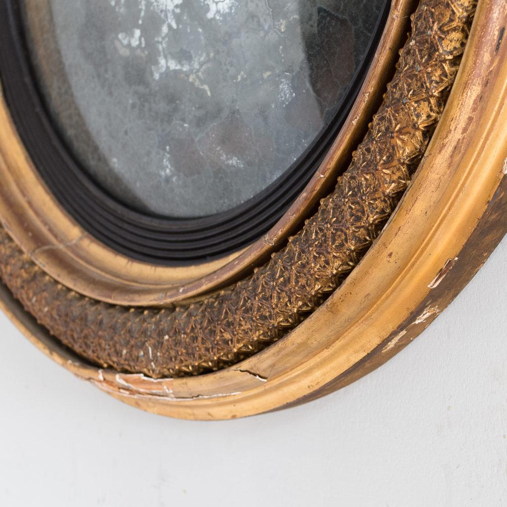 Regency gilded convex mirror,-132517