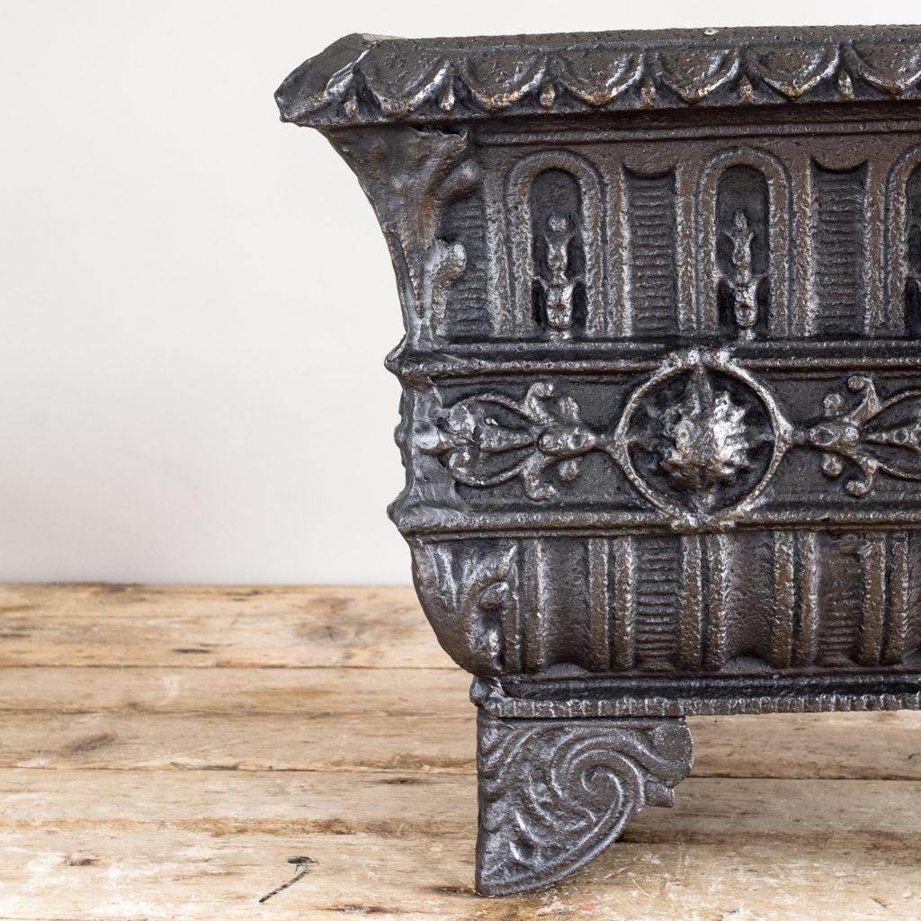 Victorian cast iron jardinière,-133505