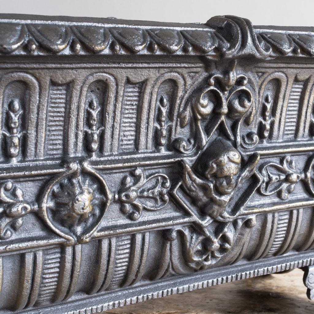 Victorian cast iron jardinière,-133504