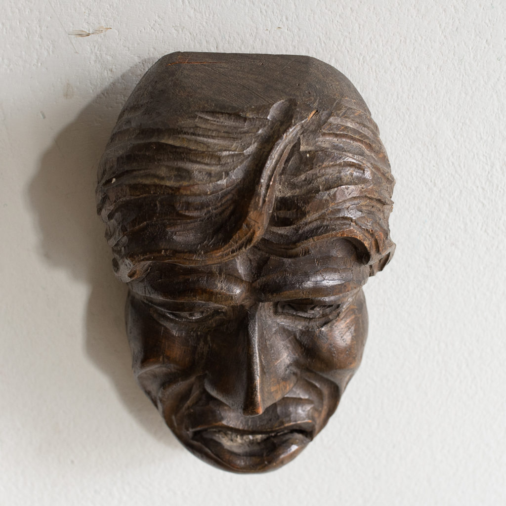 Early twentieth century carved oak grotesque mask,-133591