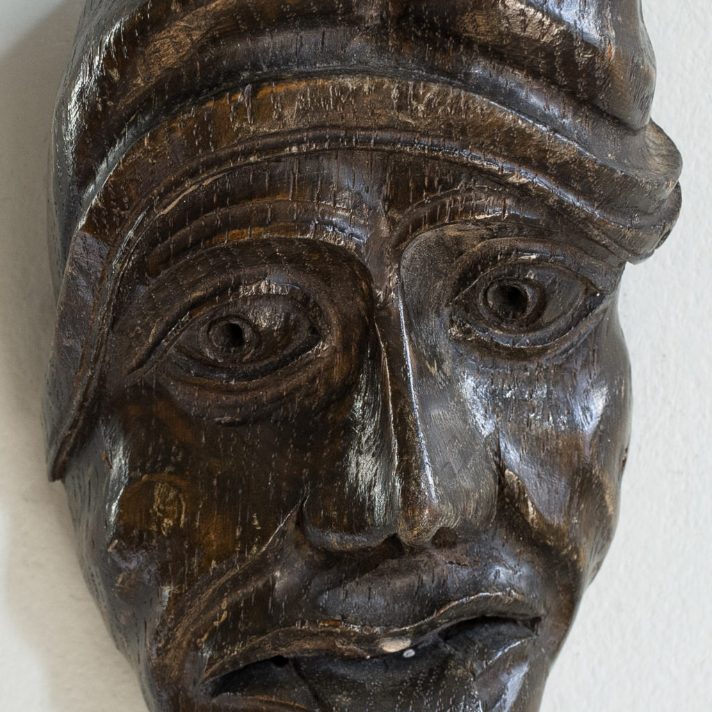Early twentieth century carved oak grotesque mask,-133606