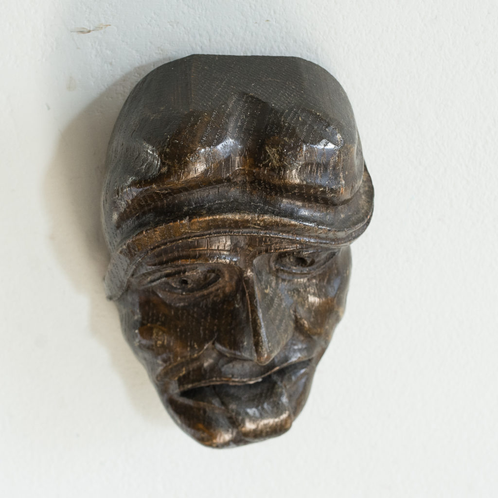 Early twentieth century carved oak grotesque mask,-133605