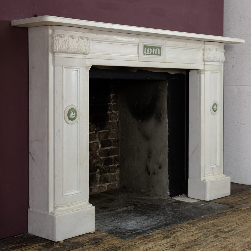Regency statuary marble chimneypiece,-134707