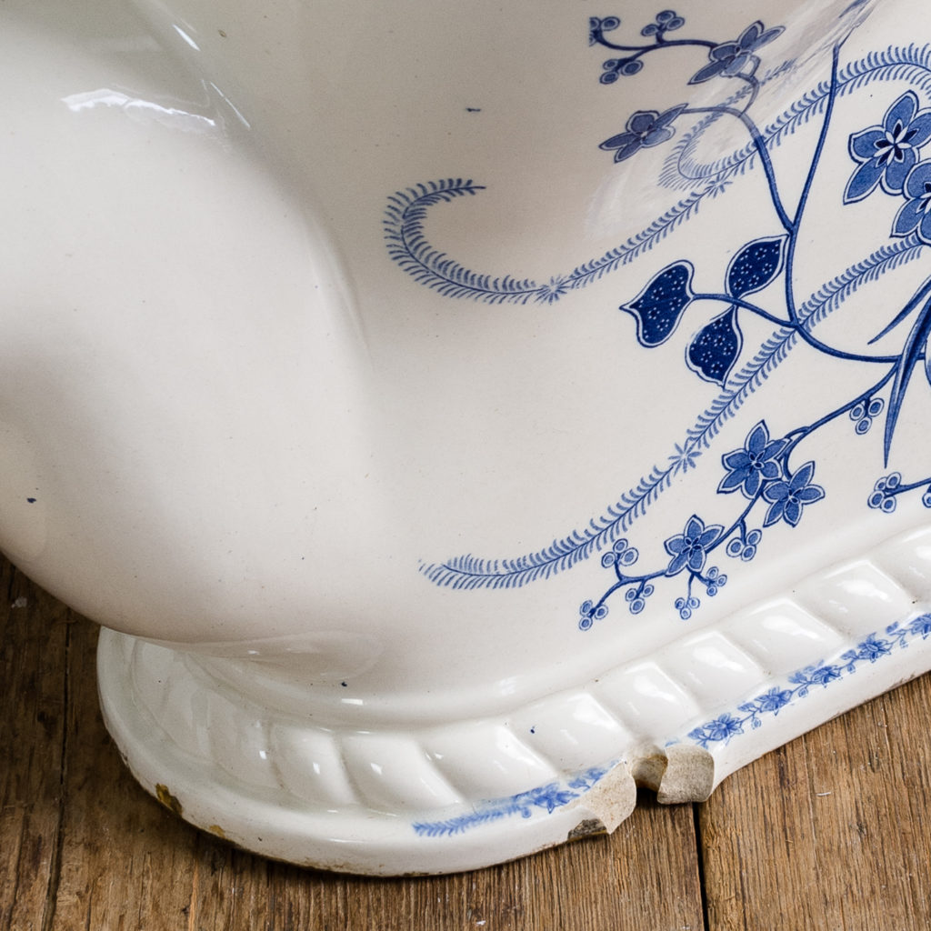 Late Victorian blue and white transfer printed lavatory pan,-134802