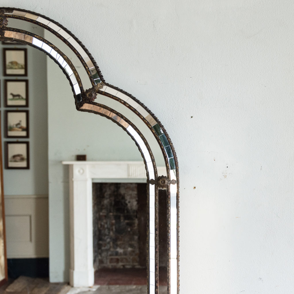 Pair of Art Deco style wall mirrors,-134960