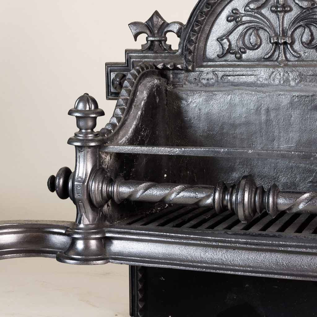Large Victorian cast iron fire grate,-134603