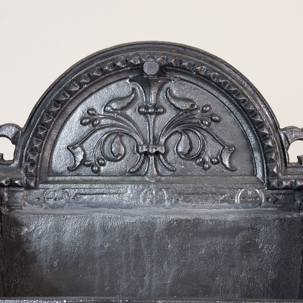 Large Victorian cast iron fire grate,-134605