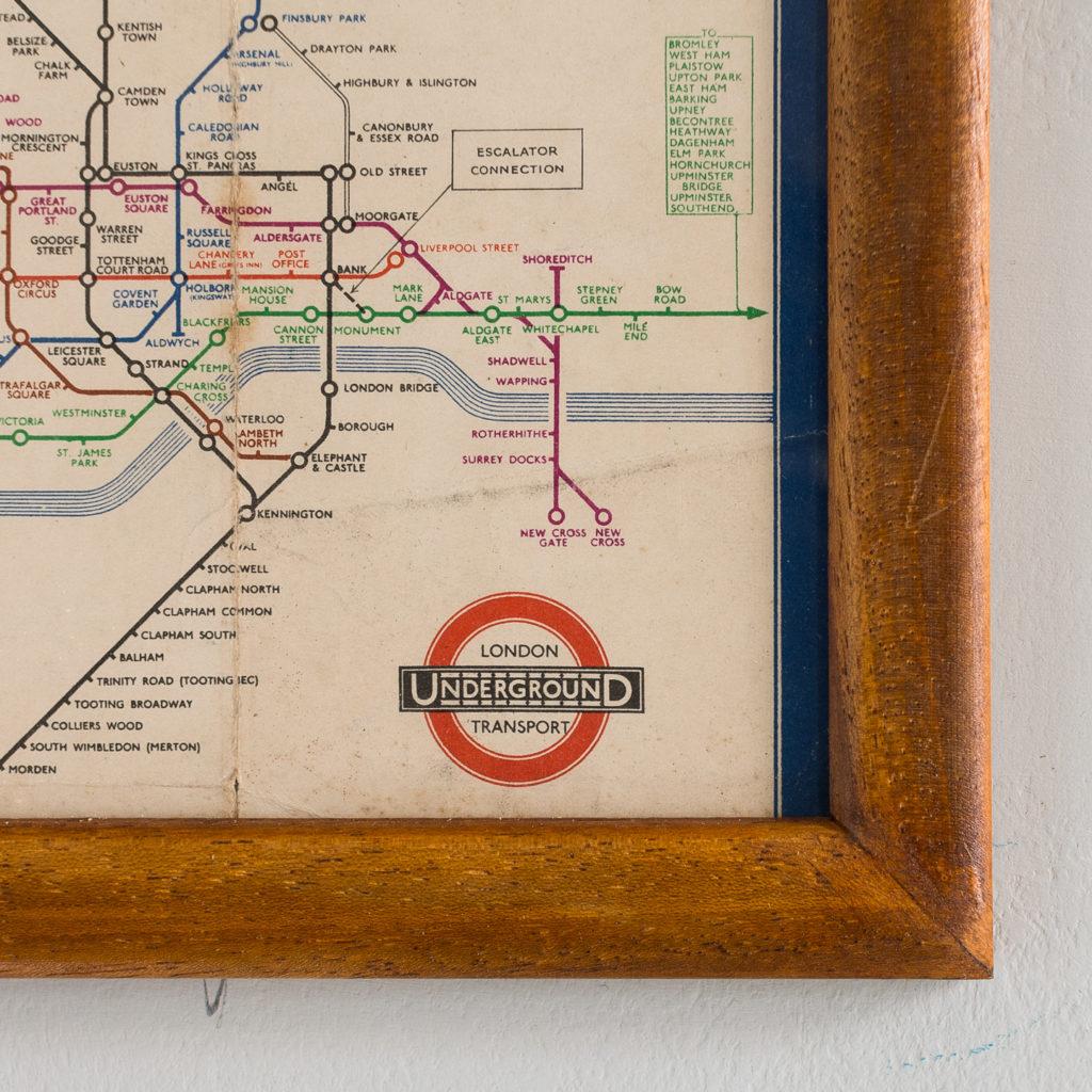 London Underground Transport 1937-134382