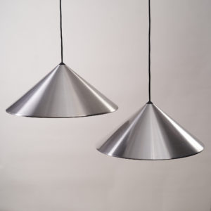 A pair of conical pendant lights,-0