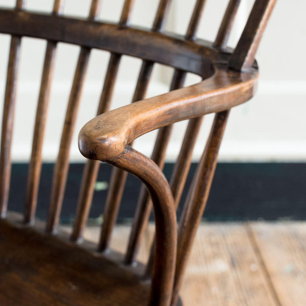 Late eighteenth century West Country Windsor chair,-135253