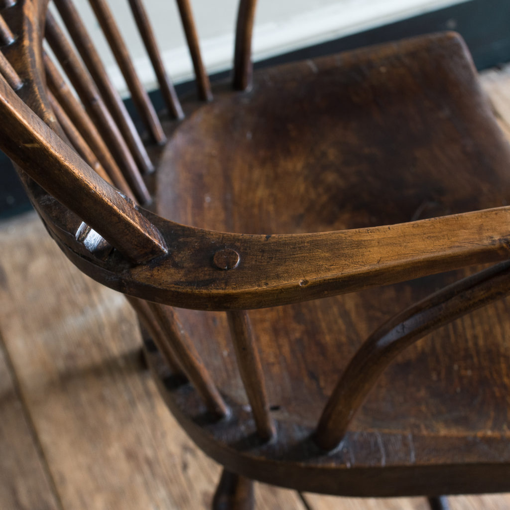Late eighteenth century West Country Windsor chair,-135261