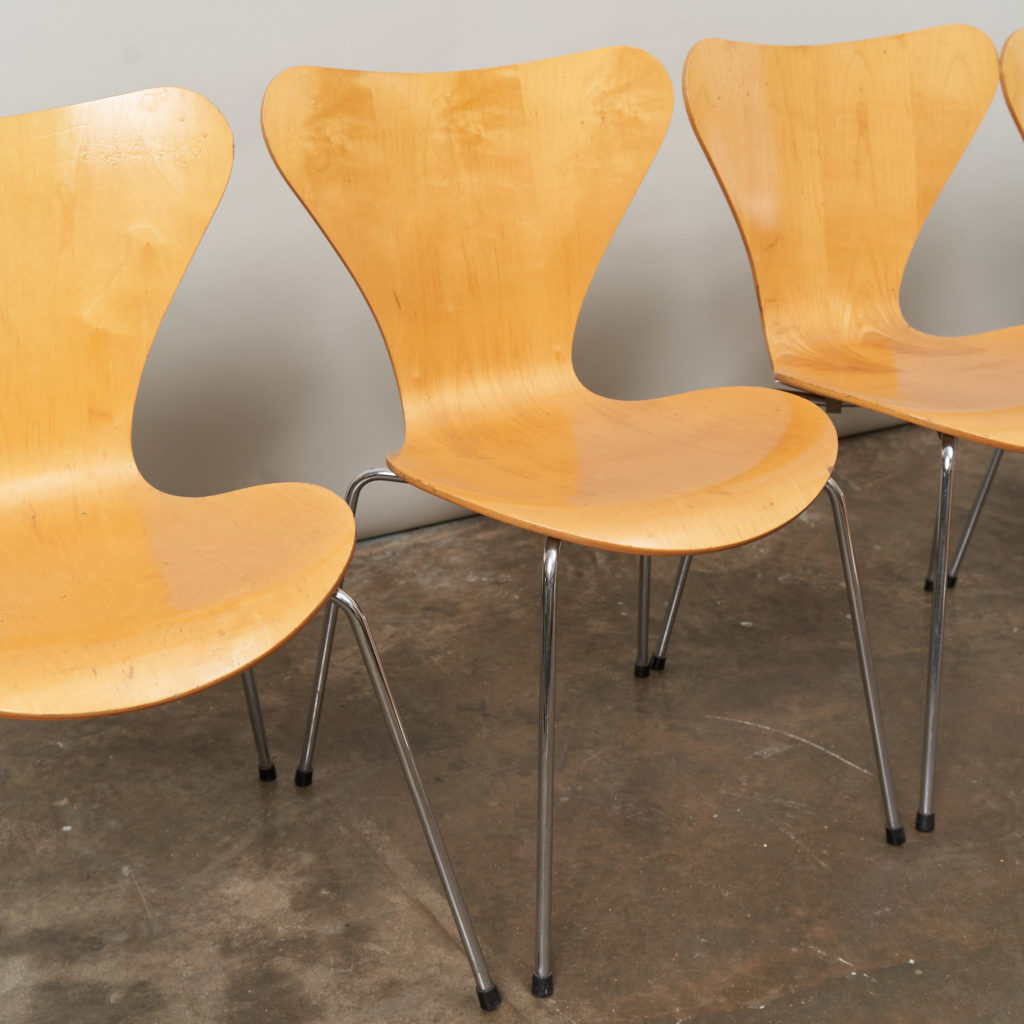 Set of Fritz Hansen series 7 dining chairs,-136766