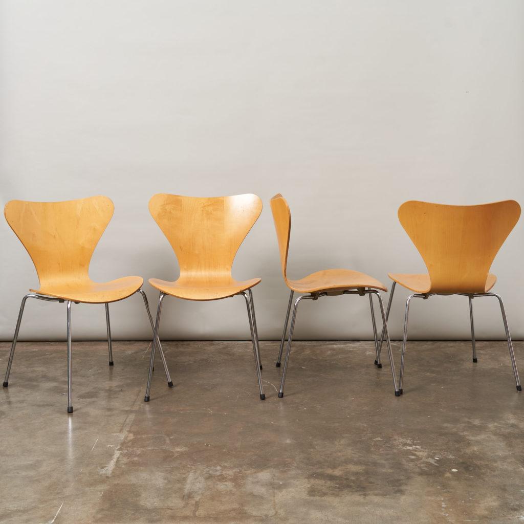 Set of Fritz Hansen series 7 dining chairs,-136768