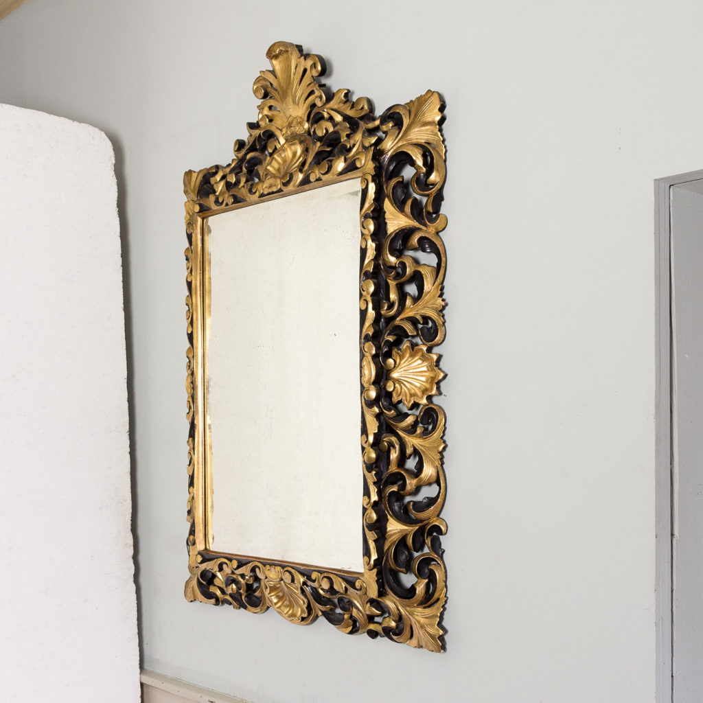 Early twentieth century Italian giltwood wall mirror,-136629