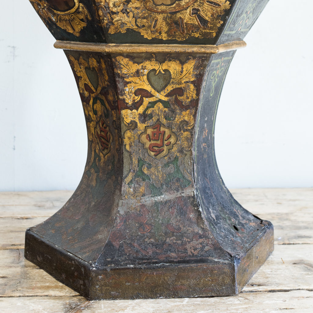 Large Victorian toleware tea canister,-137339