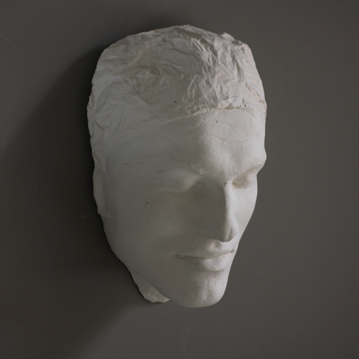 The life-mask of a plaster caster,-137463