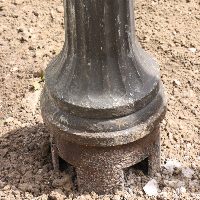 fluted lamp post