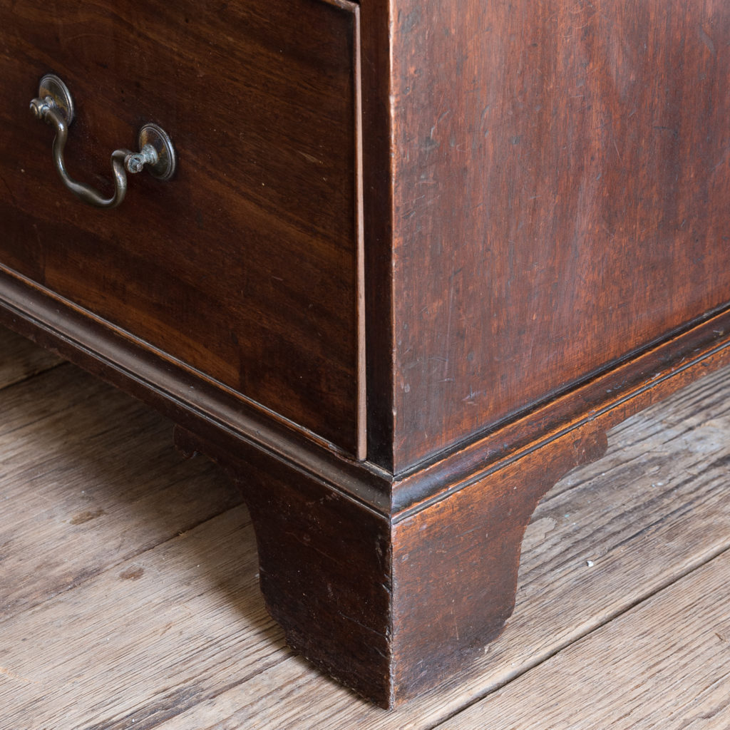George III mahogany chest of drawers, -138104