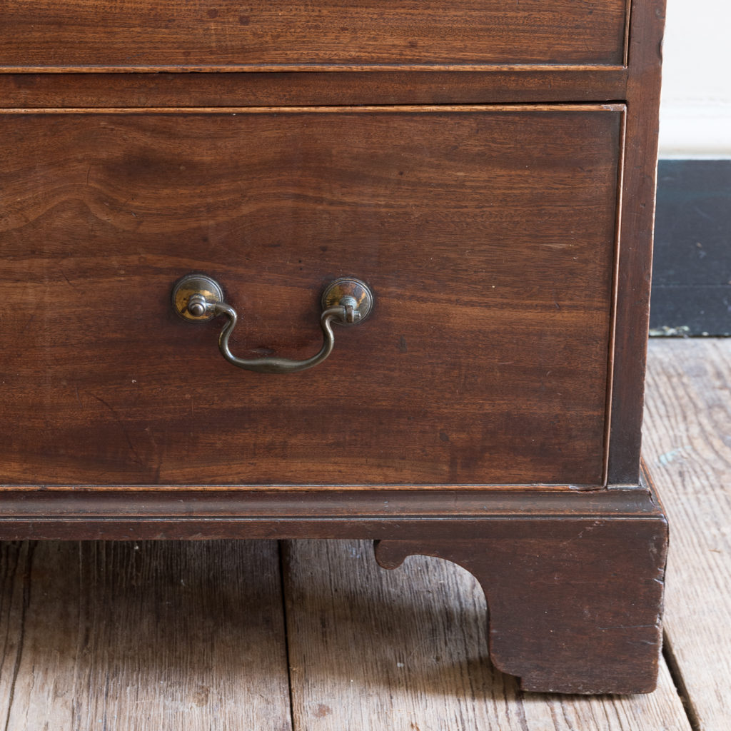 George III mahogany chest of drawers, -138103