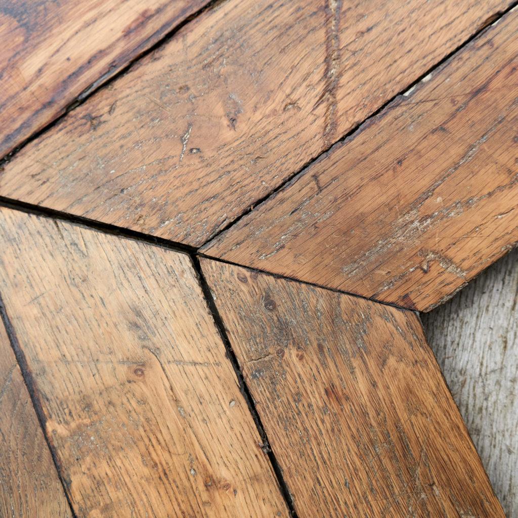 Reclaimed Antique Oak Chevron -137802