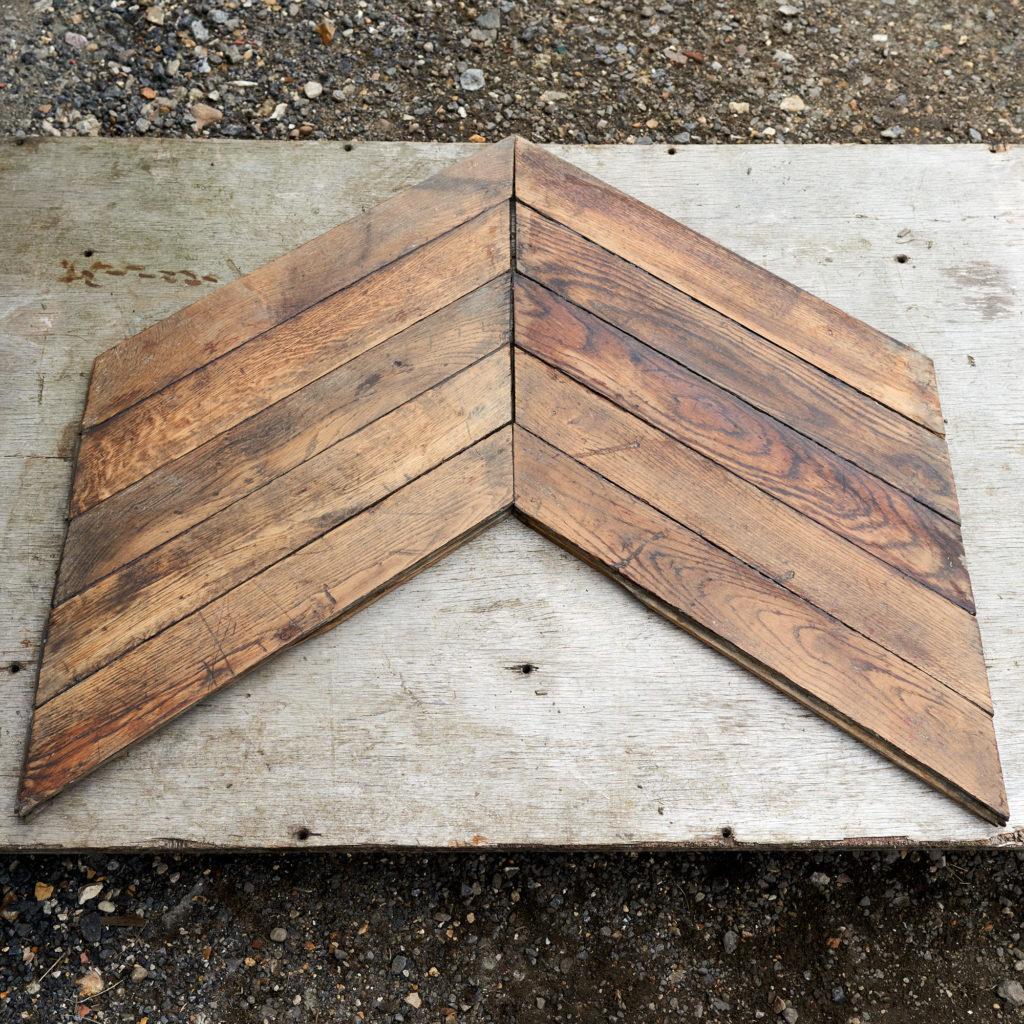 Reclaimed Antique Oak Chevron -137803