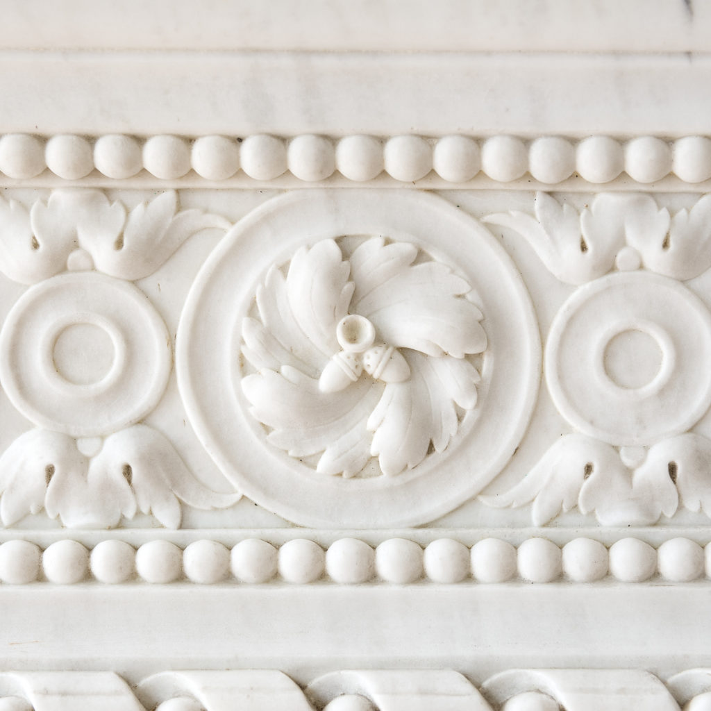 Fine Louis XVI Carrara marble fireplace, -138448