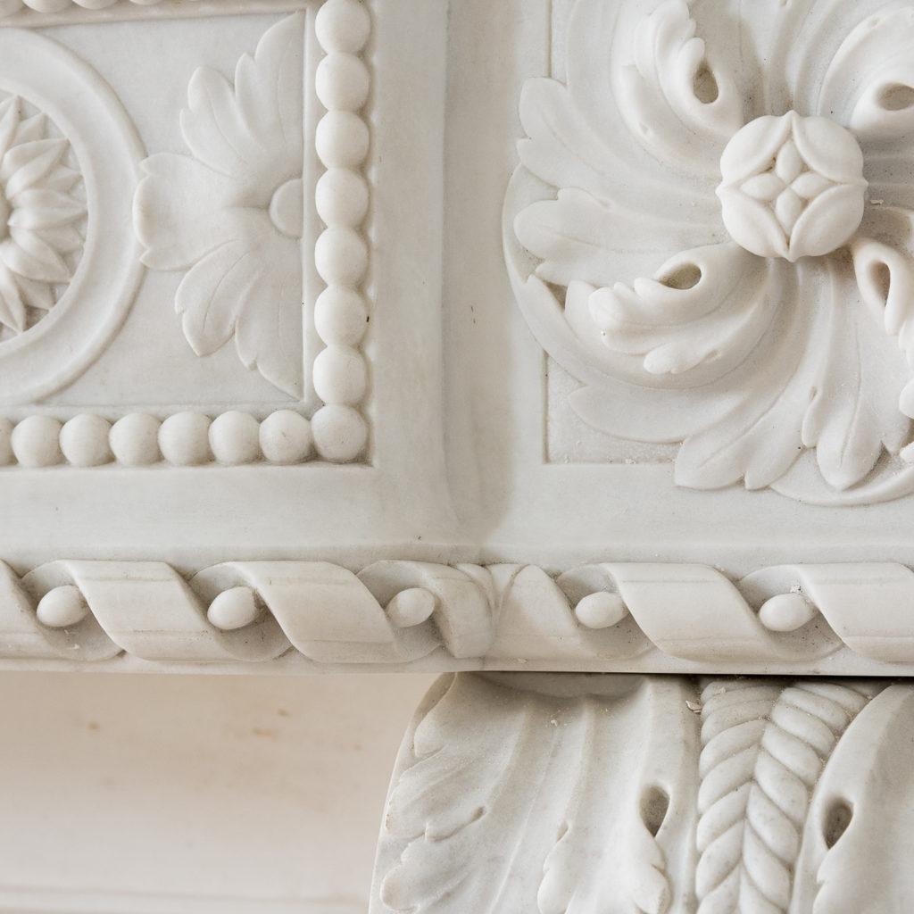 Fine Louis XVI Carrara marble fireplace, -138450