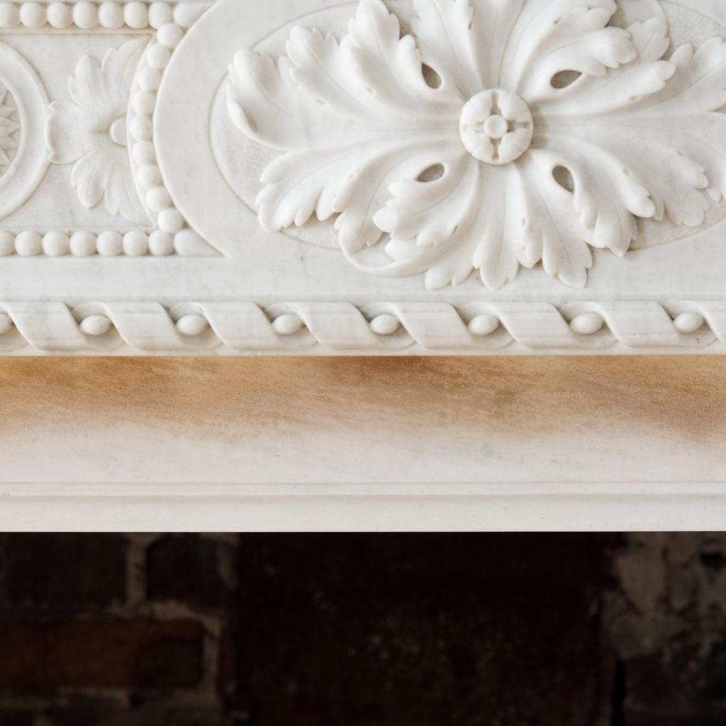 Fine Louis XVI Carrara marble fireplace, -138451